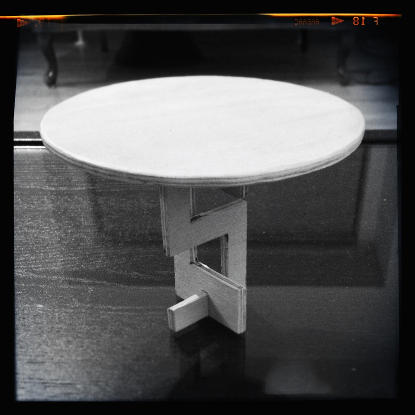 Dremel 4000 - Hello Kitty cafe table 4